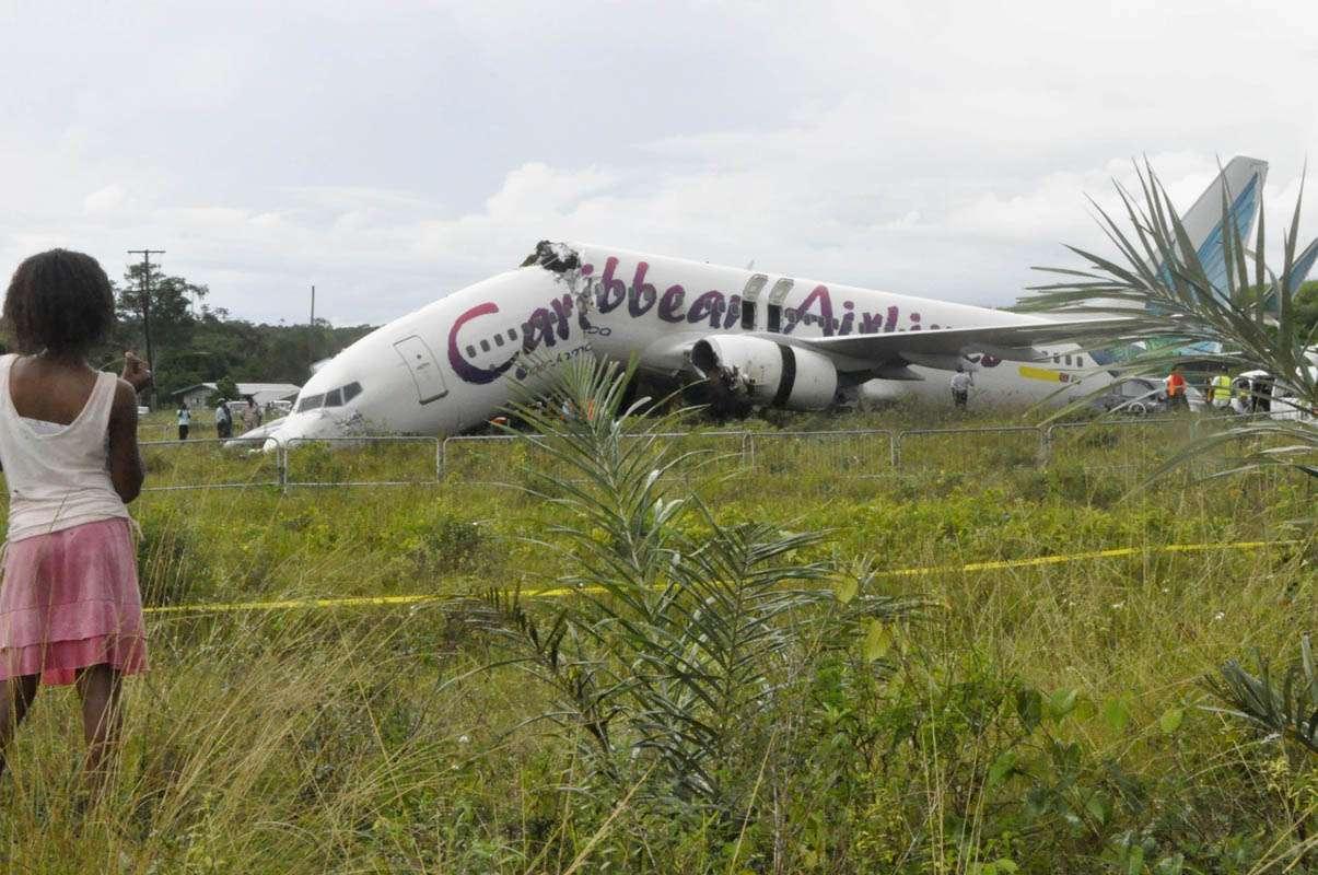 20110730t204252z1630302 - Ningún fallecido tras partirse el avión del vuelo BW523
