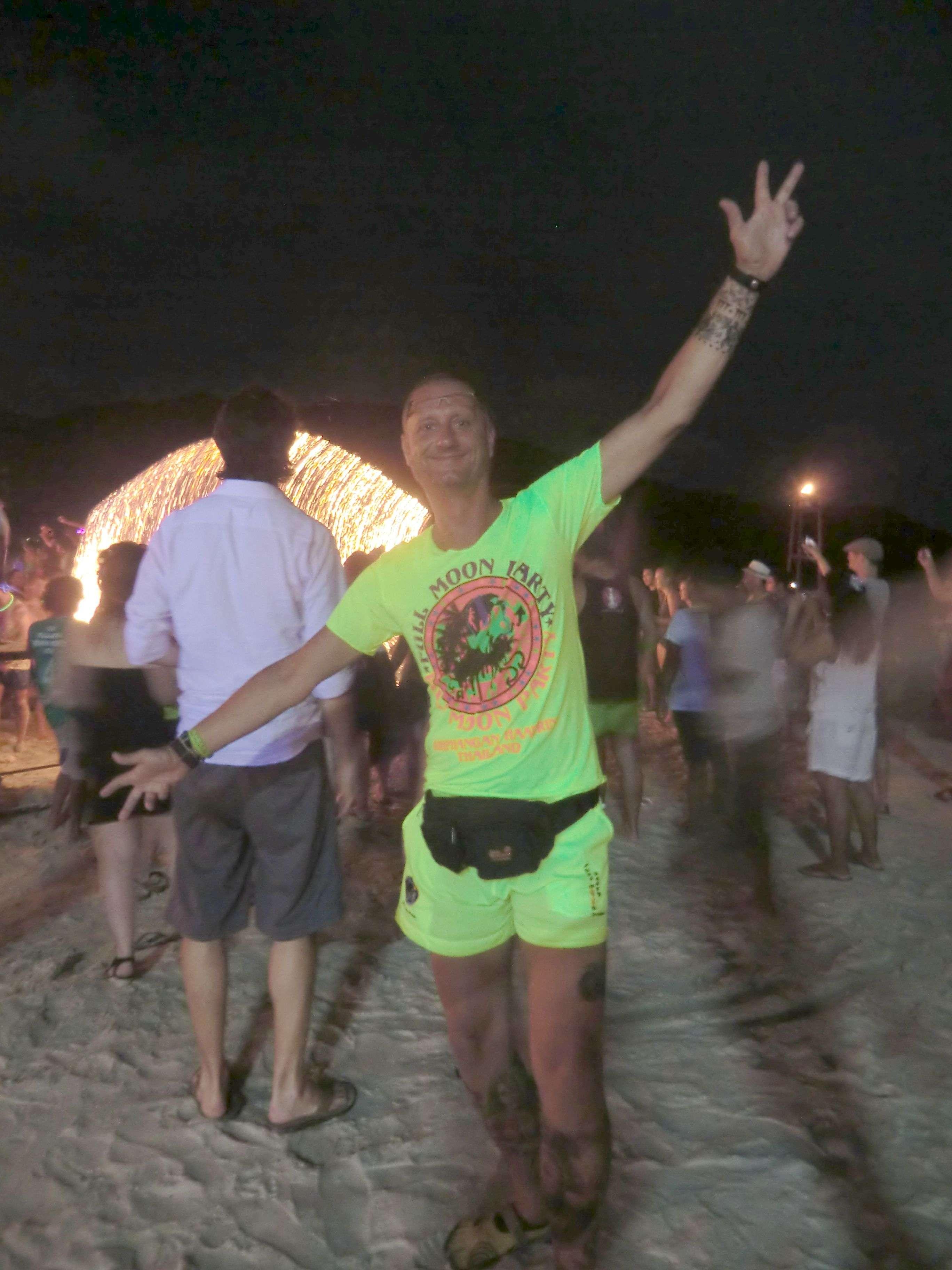 Bibo in neongelber Vollausstattung