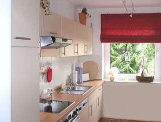 Fazer decora o de cozinhas pequenas decora o arquitetura for Fitted kitchens for small spaces